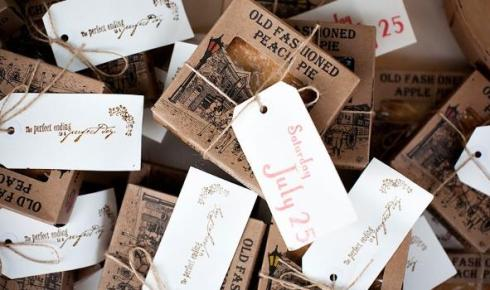 personalized homemade pies . (Credit: Modern Bride Guide)
